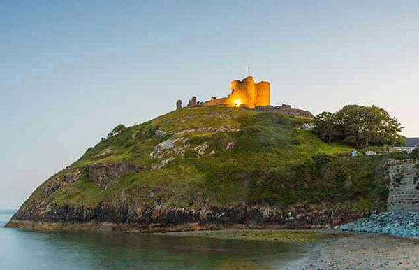 Criccieth Castle Yellow for RNLI 2018